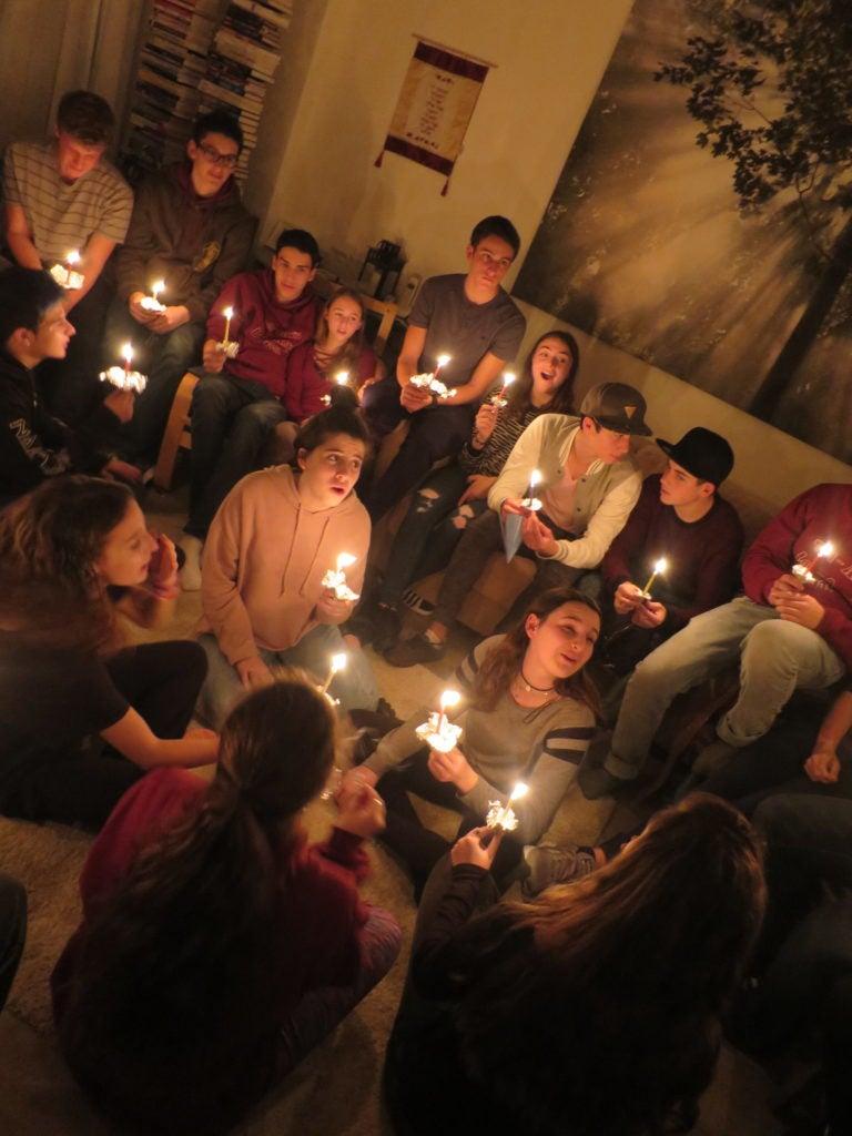 Rachel Kaufman Blog, candle lighting